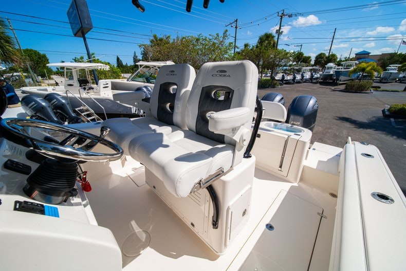 Thumbnail 31 for New 2020 Cobia 262 boat for sale in Miami, FL