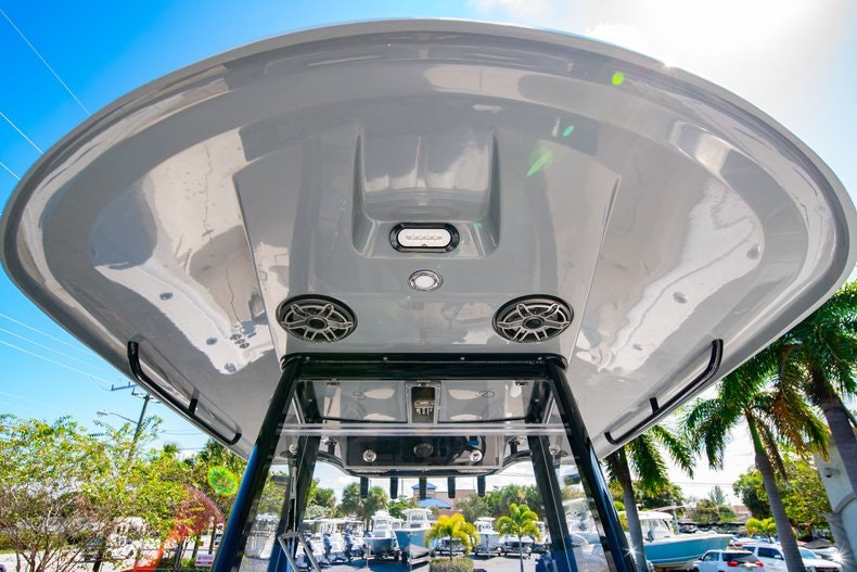 Thumbnail 42 for New 2020 Cobia 262 boat for sale in Miami, FL