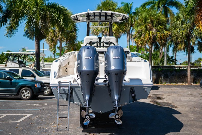Thumbnail 6 for New 2020 Cobia 262 boat for sale in Miami, FL
