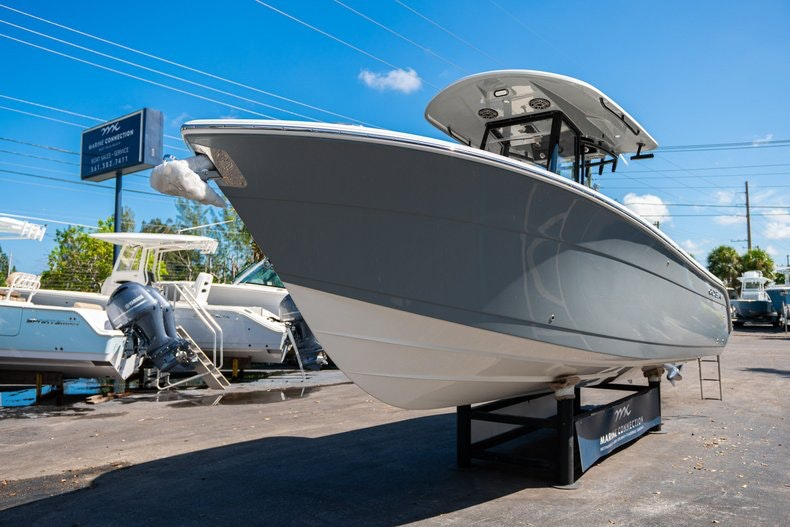 Thumbnail 3 for New 2020 Cobia 262 boat for sale in Miami, FL