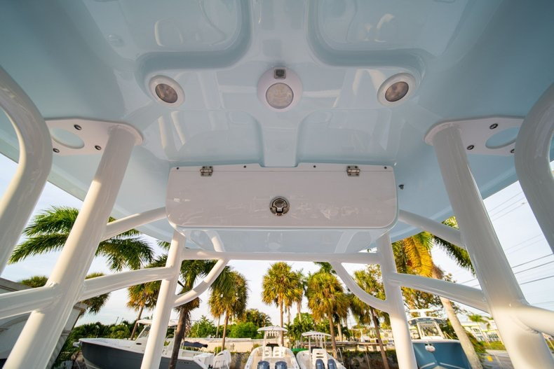 Thumbnail 25 for New 2020 Sportsman Heritage 211 Center Console boat for sale in West Palm Beach, FL