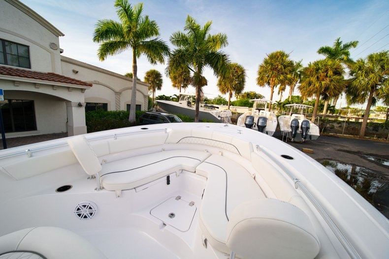 Thumbnail 29 for New 2020 Sportsman Heritage 211 Center Console boat for sale in West Palm Beach, FL