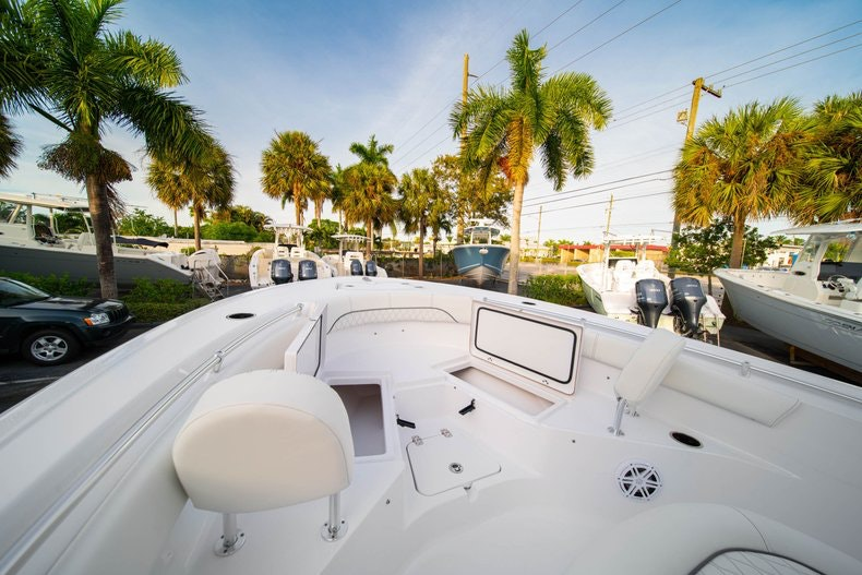 Thumbnail 32 for New 2020 Sportsman Heritage 211 Center Console boat for sale in West Palm Beach, FL