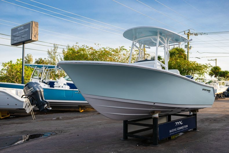 Thumbnail 3 for New 2020 Sportsman Heritage 211 Center Console boat for sale in West Palm Beach, FL