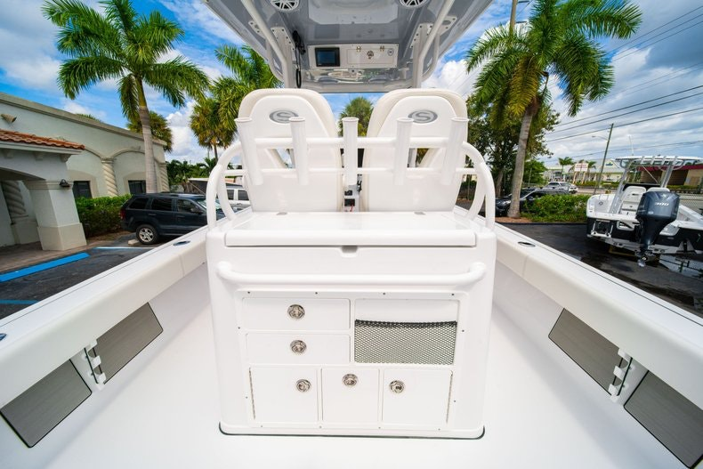 Thumbnail 18 for New 2020 Sportsman Masters 267OE Bay Boat boat for sale in West Palm Beach, FL