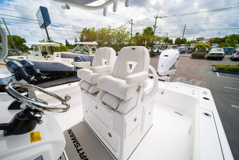 Thumbnail 31 for New 2020 Sportsman Masters 267OE Bay Boat boat for sale in West Palm Beach, FL