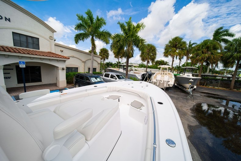 Thumbnail 35 for New 2020 Sportsman Masters 267OE Bay Boat boat for sale in West Palm Beach, FL