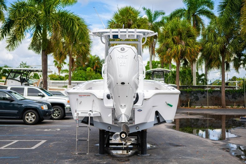 Thumbnail 6 for New 2020 Sportsman Masters 267OE Bay Boat boat for sale in West Palm Beach, FL