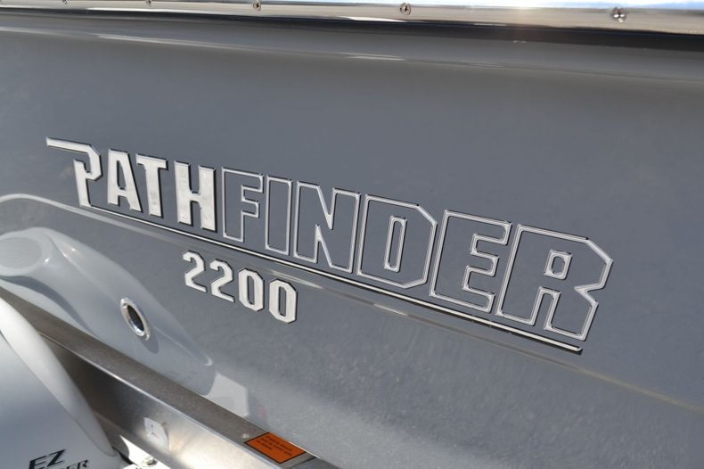 Thumbnail 8 for New 2020 Pathfinder 2200 TRS Bay Boat boat for sale in Fort Lauderdale, FL