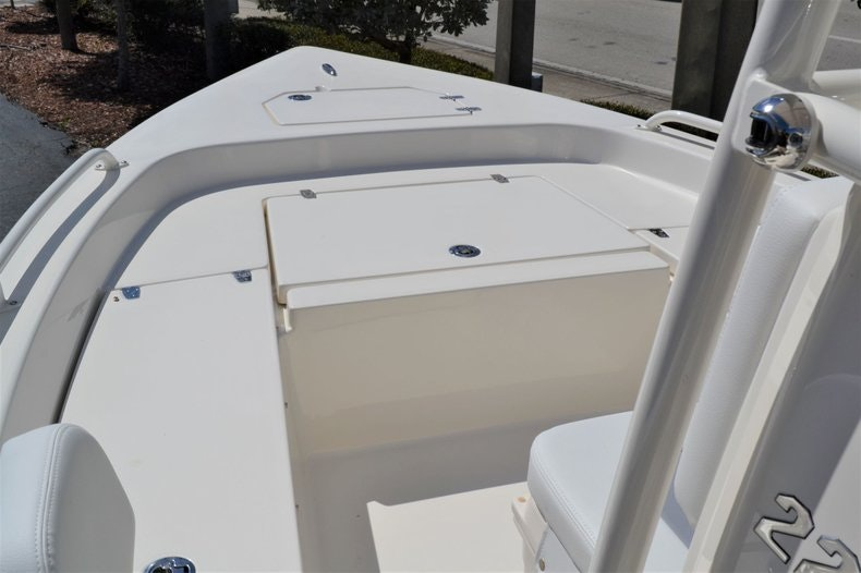 Thumbnail 13 for New 2020 Pathfinder 2200 TRS Bay Boat boat for sale in Fort Lauderdale, FL