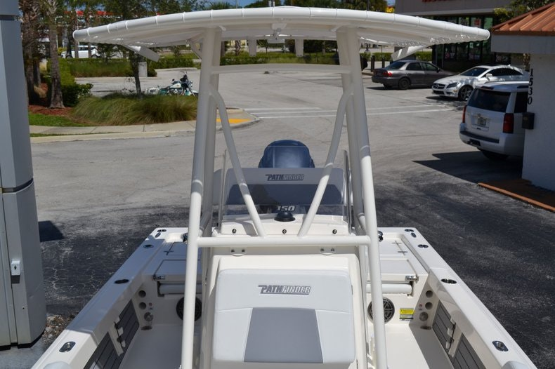 Thumbnail 15 for New 2020 Pathfinder 2200 TRS Bay Boat boat for sale in Fort Lauderdale, FL