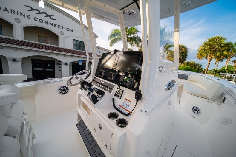 Thumbnail 29 for New 2020 Cobia 301 CC boat for sale in West Palm Beach, FL