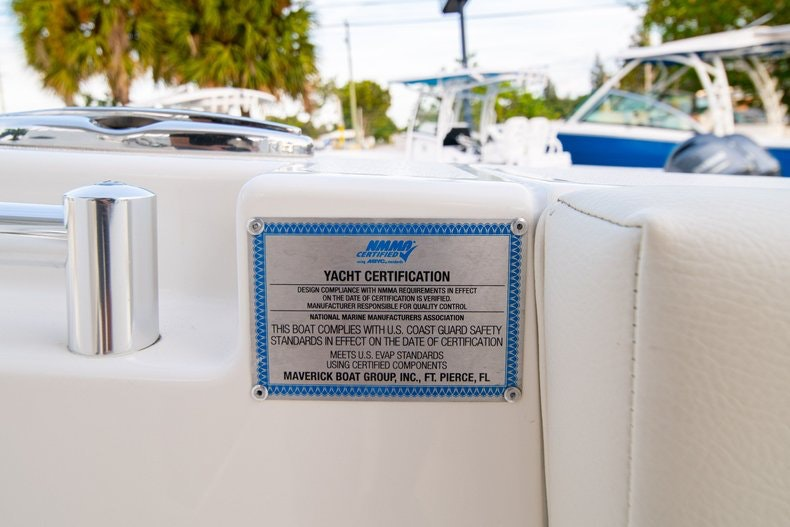 Thumbnail 40 for New 2020 Cobia 301 CC boat for sale in West Palm Beach, FL