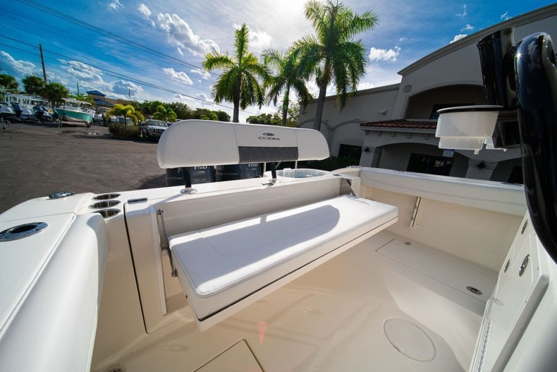 Thumbnail 10 for New 2020 Cobia 262 CC boat for sale in West Palm Beach, FL