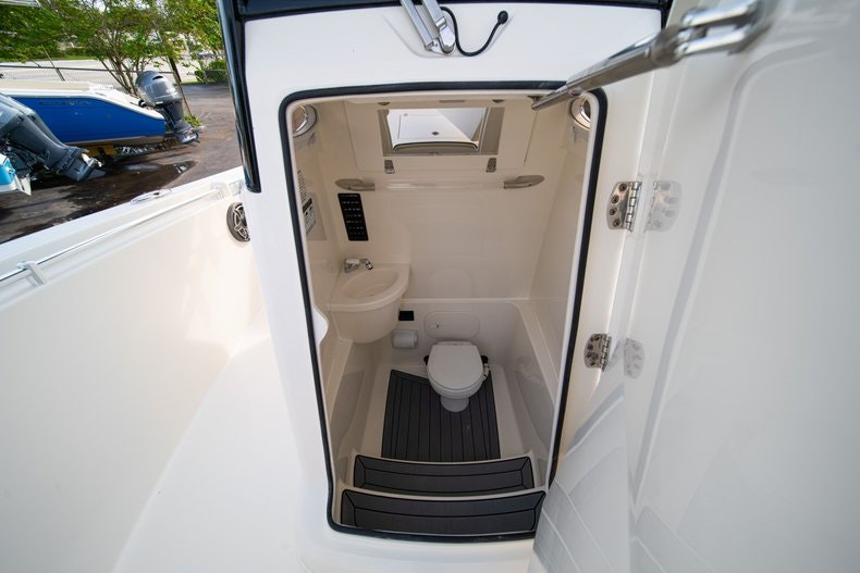 Thumbnail 39 for New 2020 Cobia 262 CC boat for sale in West Palm Beach, FL