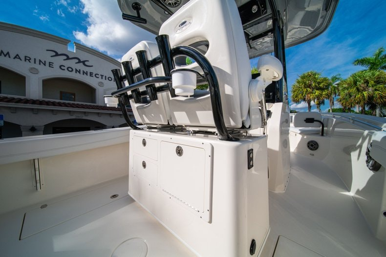 Thumbnail 13 for New 2020 Cobia 262 CC boat for sale in West Palm Beach, FL