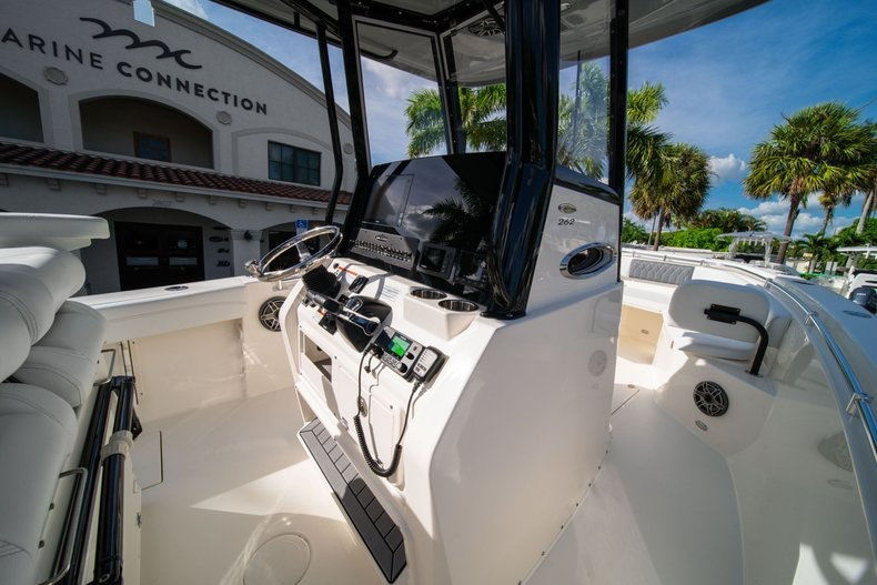 Thumbnail 19 for New 2020 Cobia 262 CC boat for sale in West Palm Beach, FL
