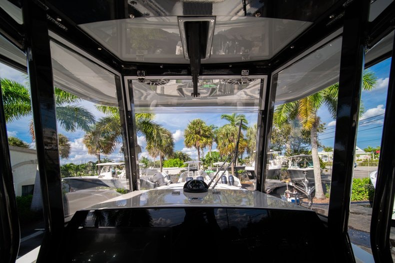 Thumbnail 24 for New 2020 Cobia 262 CC boat for sale in West Palm Beach, FL