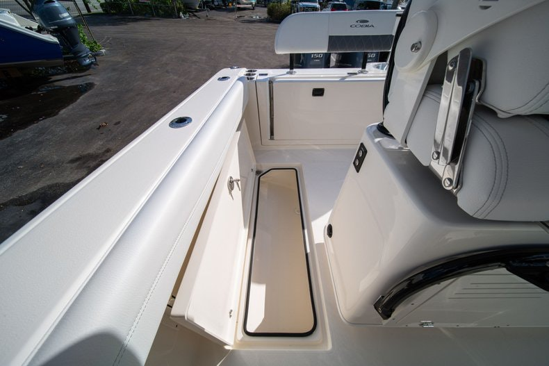 Thumbnail 17 for New 2020 Cobia 262 CC boat for sale in West Palm Beach, FL