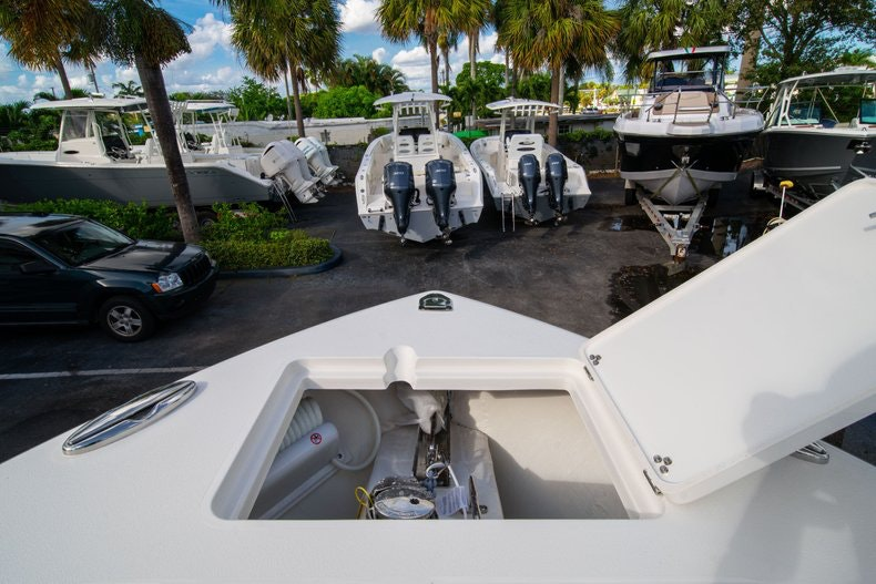 Thumbnail 36 for New 2020 Cobia 262 CC boat for sale in West Palm Beach, FL