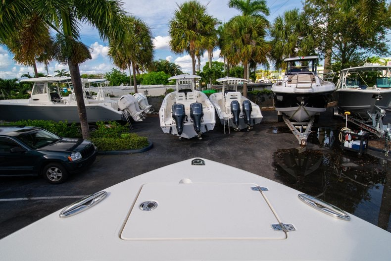 Thumbnail 35 for New 2020 Cobia 262 CC boat for sale in West Palm Beach, FL
