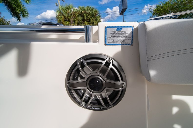 Thumbnail 29 for New 2020 Cobia 262 CC boat for sale in West Palm Beach, FL