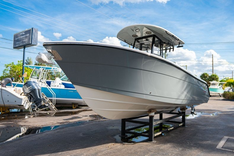 Thumbnail 3 for New 2020 Cobia 262 CC boat for sale in West Palm Beach, FL