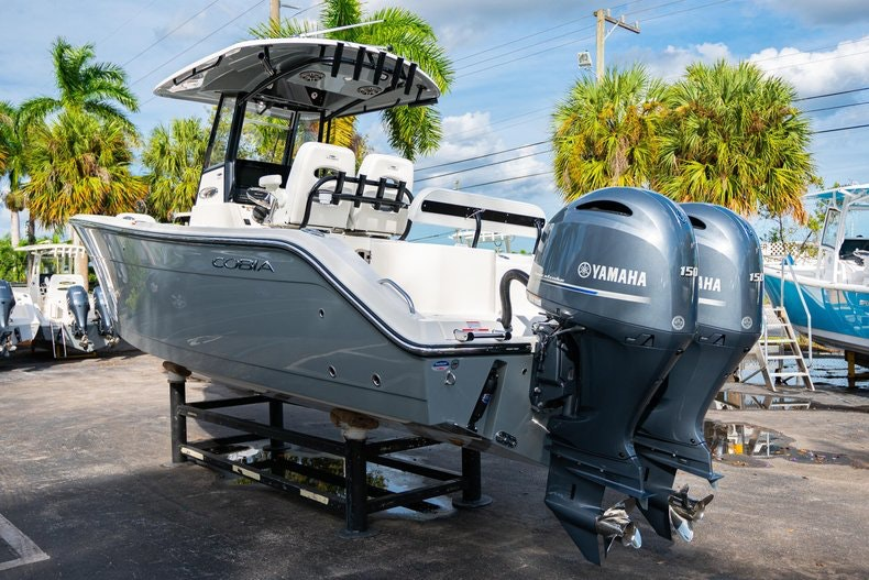 Thumbnail 5 for New 2020 Cobia 262 CC boat for sale in West Palm Beach, FL
