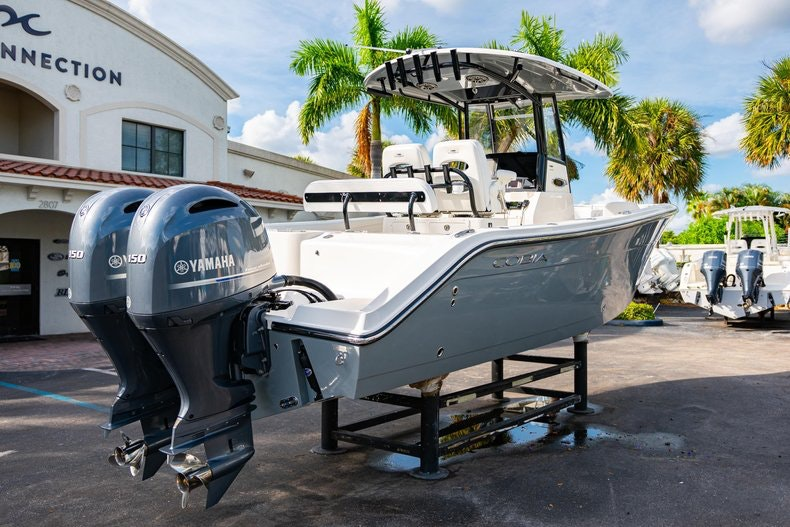 Thumbnail 7 for New 2020 Cobia 262 CC boat for sale in West Palm Beach, FL