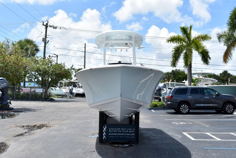 Thumbnail 2 for New 2019 Sportsman Heritage 211 Center Console boat for sale in Vero Beach, FL