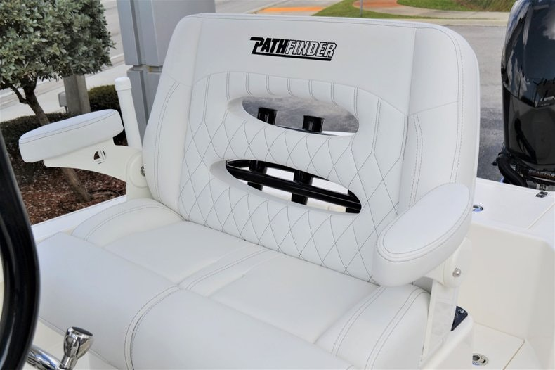 Thumbnail 34 for New 2020 Pathfinder 2500 Hybrid Bay Boat boat for sale in Fort Lauderdale, FL