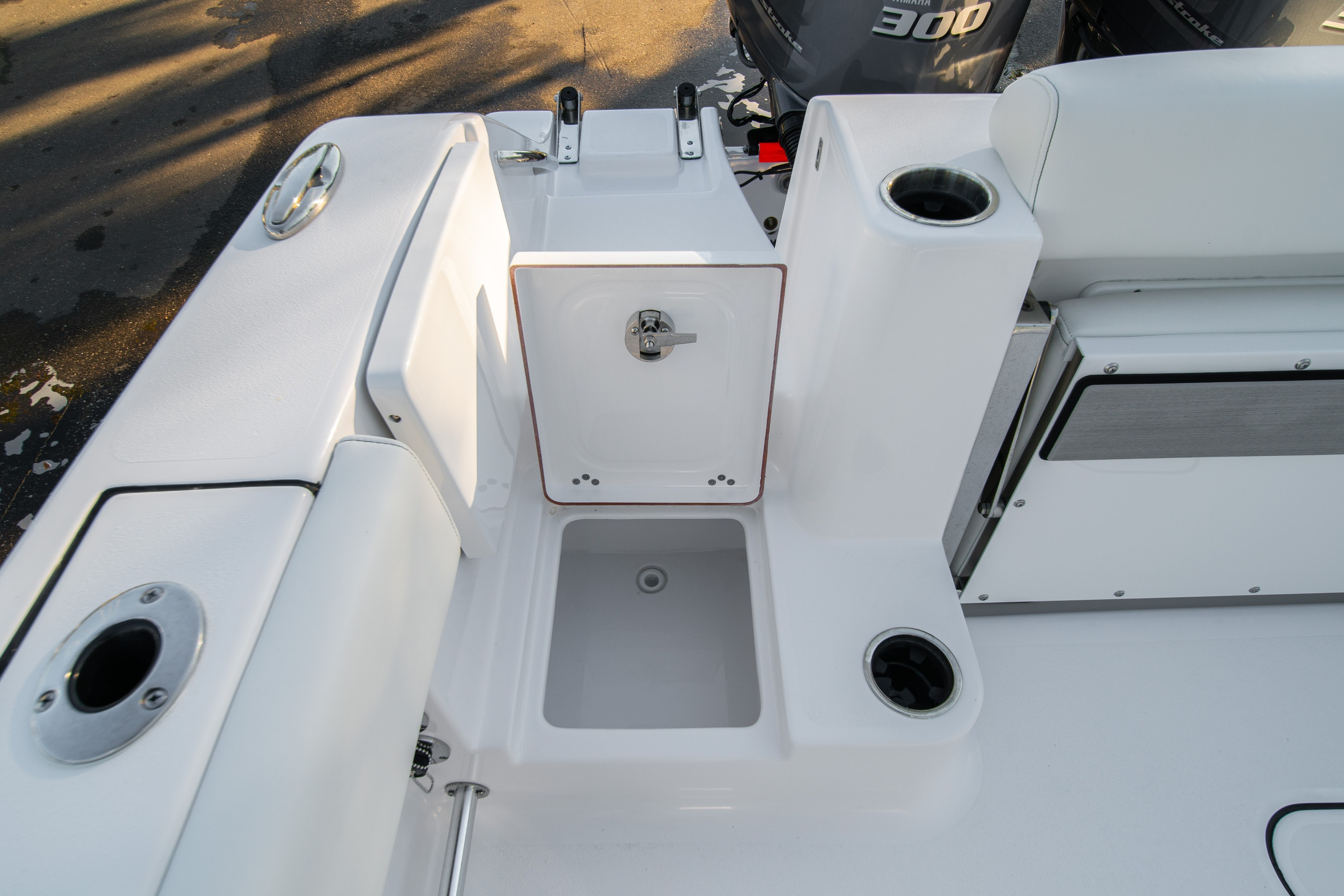 Thumbnail 12 for New 2020 Sportsman Open 282TE Center Console boat for sale in West Palm Beach, FL