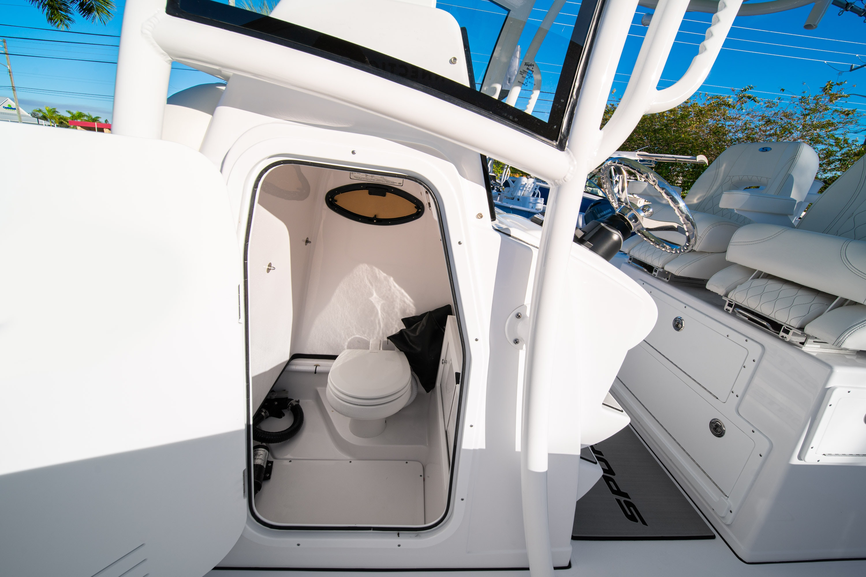 Thumbnail 42 for New 2020 Sportsman Open 282TE Center Console boat for sale in West Palm Beach, FL