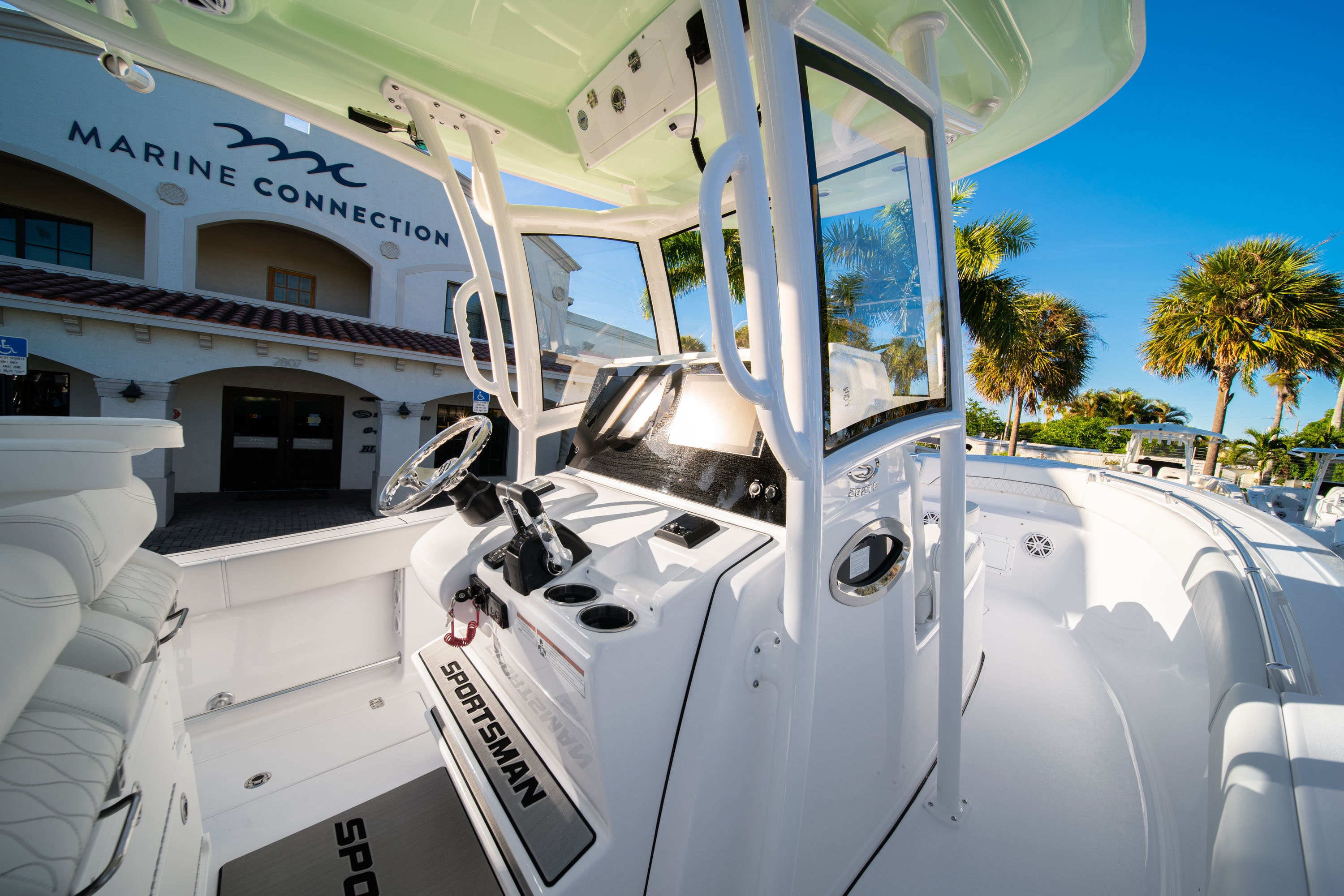 Thumbnail 33 for New 2020 Sportsman Open 282TE Center Console boat for sale in West Palm Beach, FL