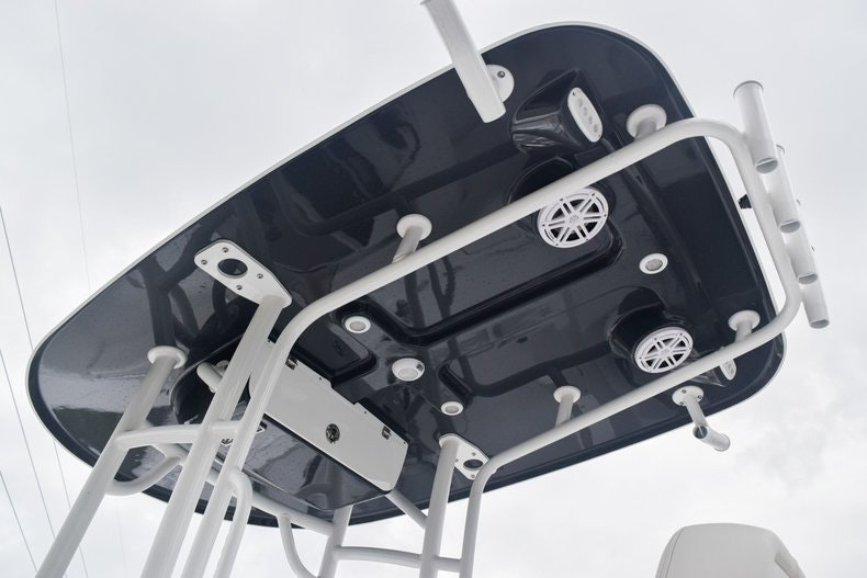 Thumbnail 4 for New 2020 Sportsman Open 232 Center Console boat for sale in Miami, FL