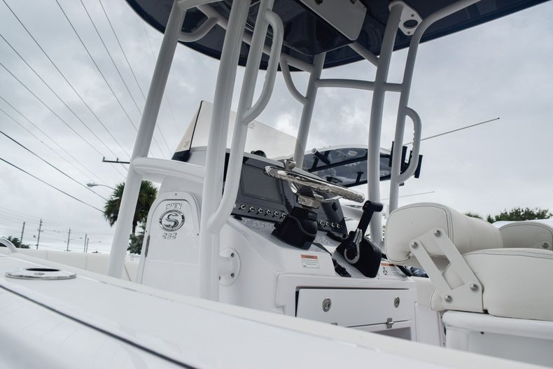 Thumbnail 10 for New 2020 Sportsman Open 232 Center Console boat for sale in Miami, FL
