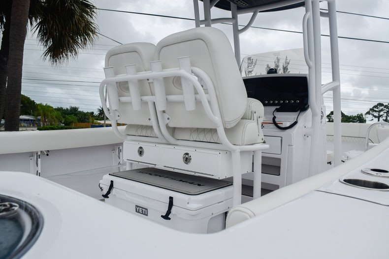 Thumbnail 8 for New 2020 Sportsman Open 232 Center Console boat for sale in Miami, FL
