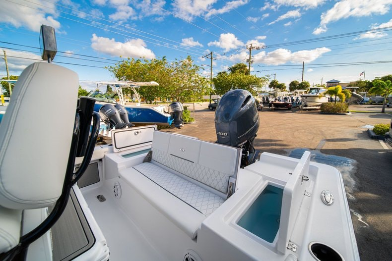 Thumbnail 12 for New 2020 Sportsman Masters 227 Bay Boat boat for sale in West Palm Beach, FL