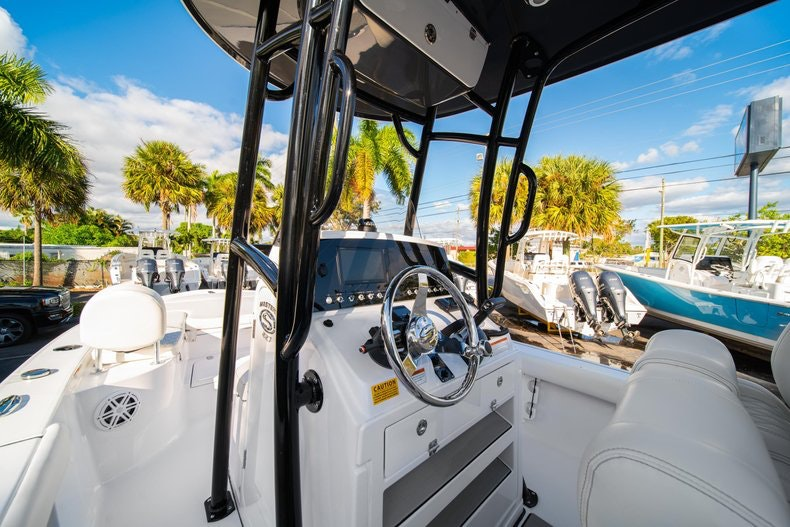 Thumbnail 21 for New 2020 Sportsman Masters 227 Bay Boat boat for sale in West Palm Beach, FL