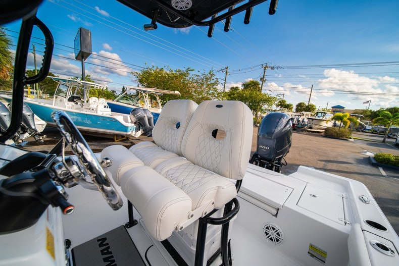 Thumbnail 27 for New 2020 Sportsman Masters 227 Bay Boat boat for sale in West Palm Beach, FL