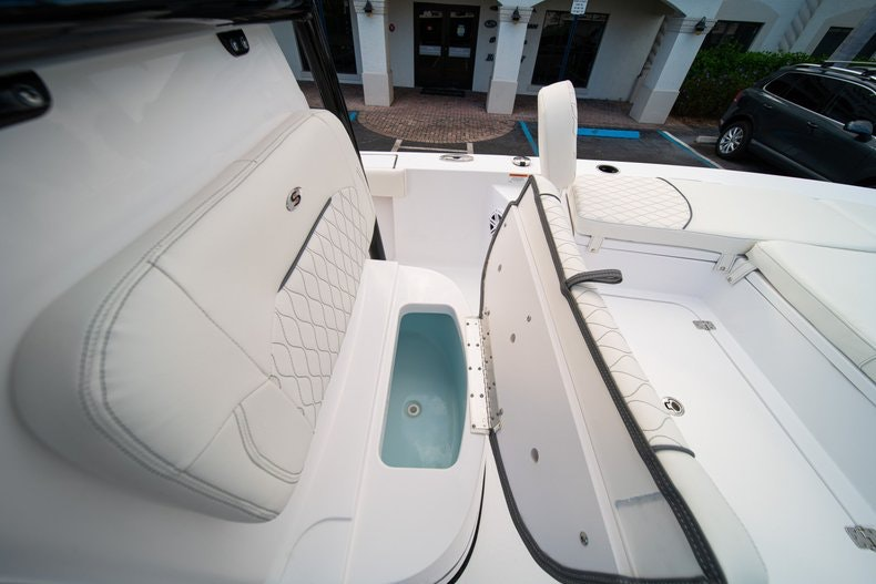 Thumbnail 33 for New 2020 Sportsman Masters 227 Bay Boat boat for sale in West Palm Beach, FL