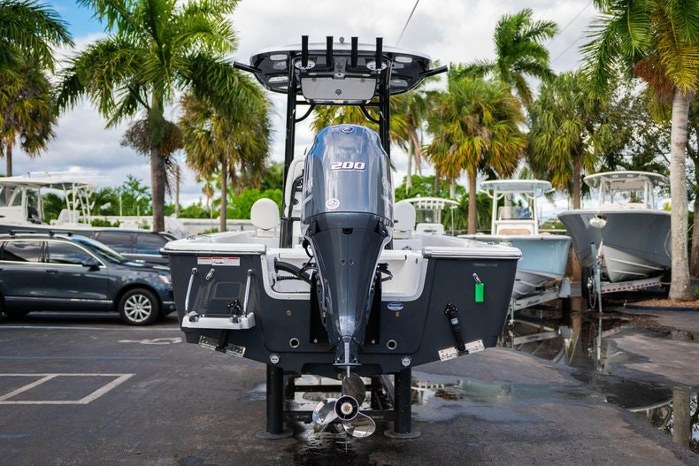 Thumbnail 6 for New 2020 Sportsman Masters 227 Bay Boat boat for sale in West Palm Beach, FL