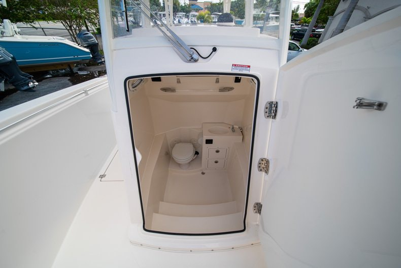 Thumbnail 38 for New 2019 Cobia 301 CC Center Console boat for sale in West Palm Beach, FL