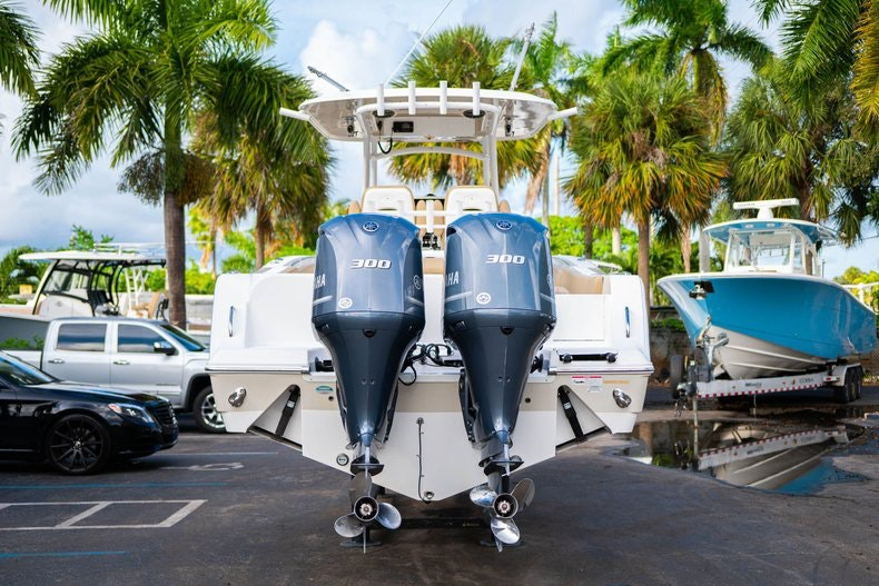Thumbnail 6 for Used 2016 Sportsman 312 boat for sale in West Palm Beach, FL