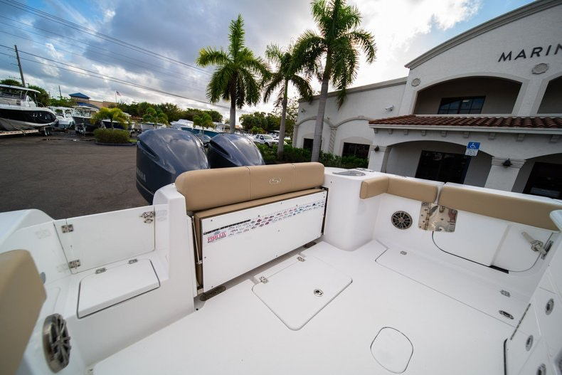 Thumbnail 9 for Used 2016 Sportsman 312 boat for sale in West Palm Beach, FL
