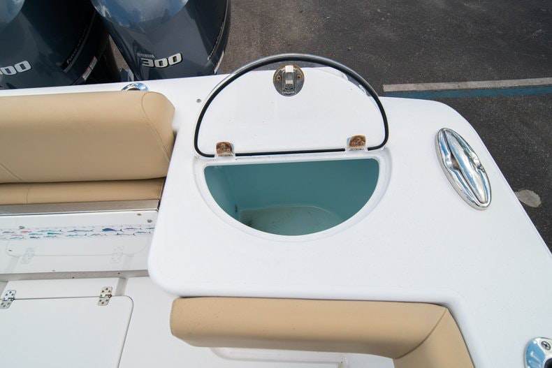 Thumbnail 15 for Used 2016 Sportsman 312 boat for sale in West Palm Beach, FL