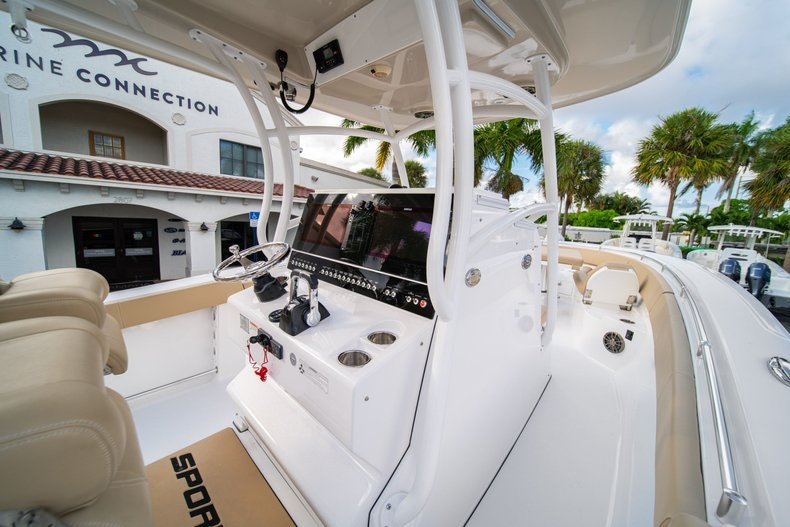 Thumbnail 29 for Used 2016 Sportsman 312 boat for sale in West Palm Beach, FL