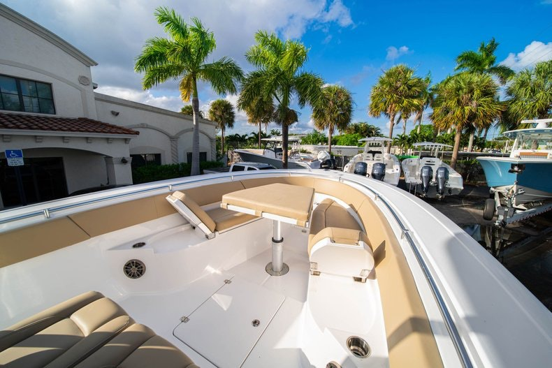 Thumbnail 38 for Used 2016 Sportsman 312 boat for sale in West Palm Beach, FL