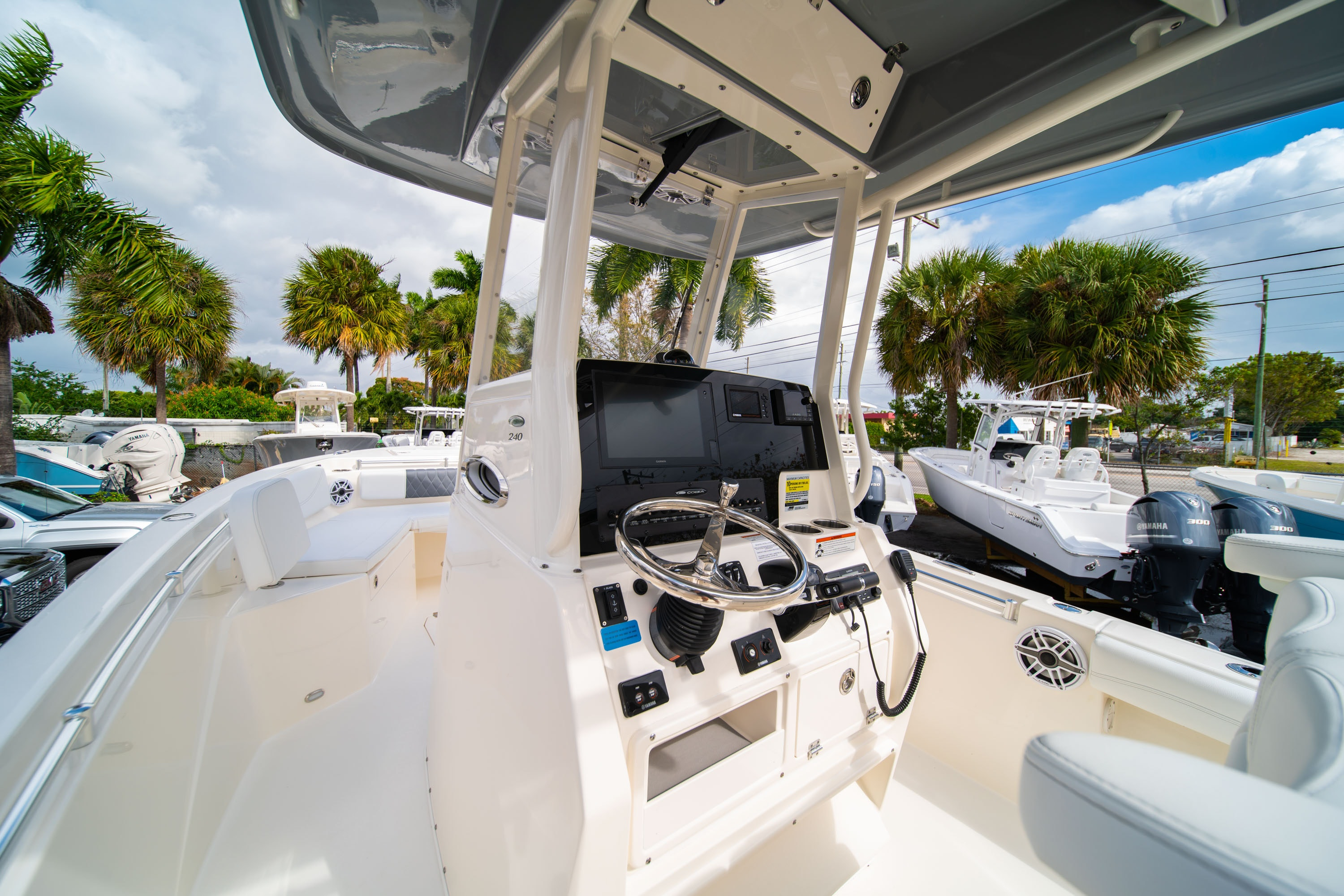 Thumbnail 31 for New 2020 Cobia 240 CC Center Console boat for sale in West Palm Beach, FL