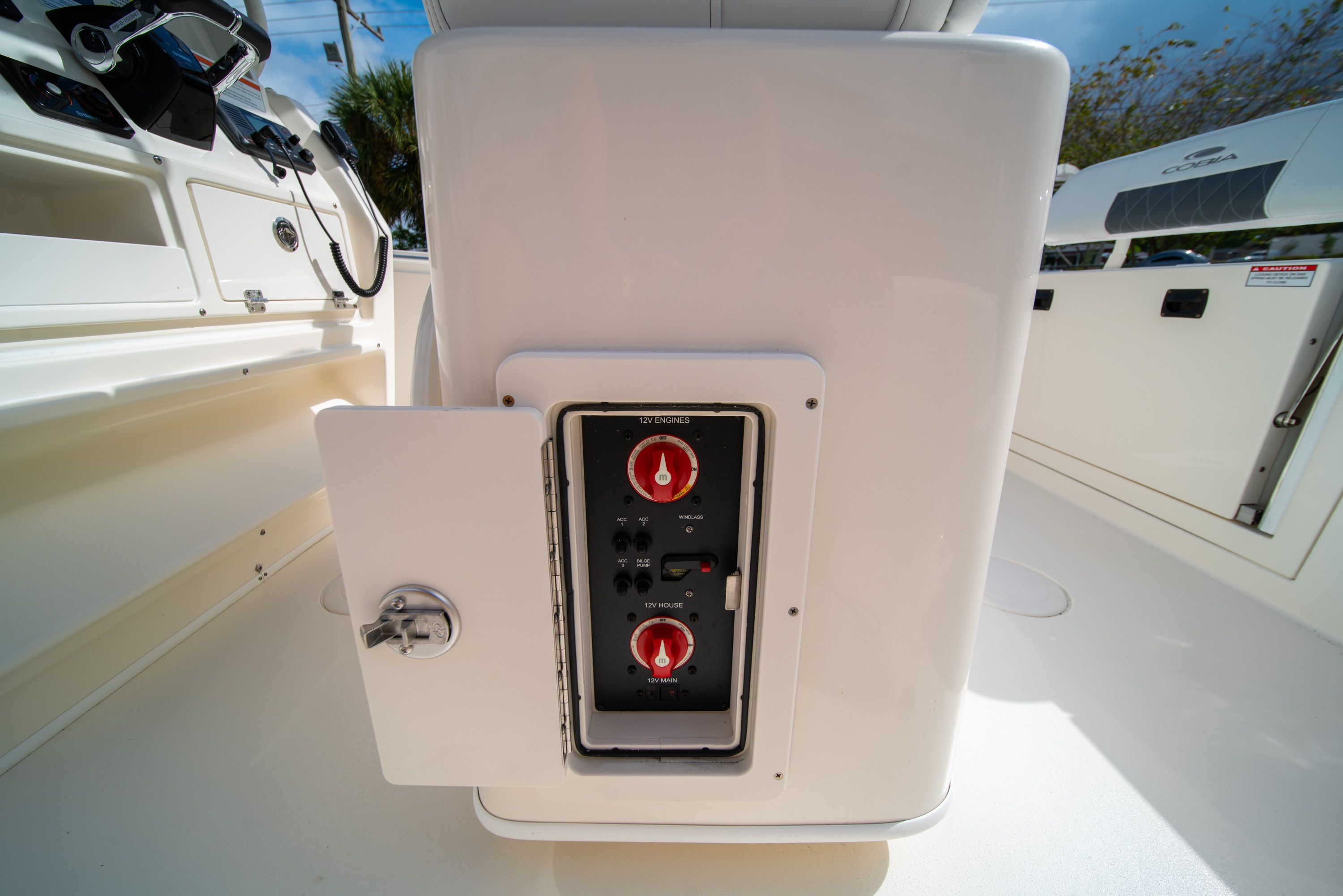 Thumbnail 24 for New 2020 Cobia 240 CC Center Console boat for sale in West Palm Beach, FL
